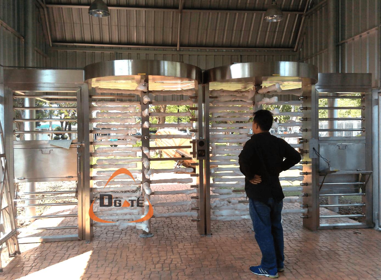 ประตูหมุน FULL HEIGHT ติดตั้ง ที่ศูนย์รักษาความปลอดภัย รามอินทรา